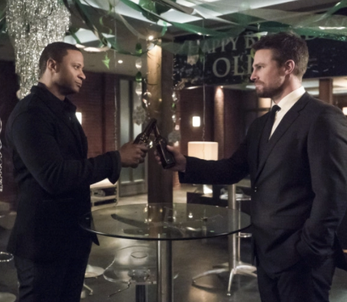 [Preview] Arrow Season 5 Episode 22: Missing